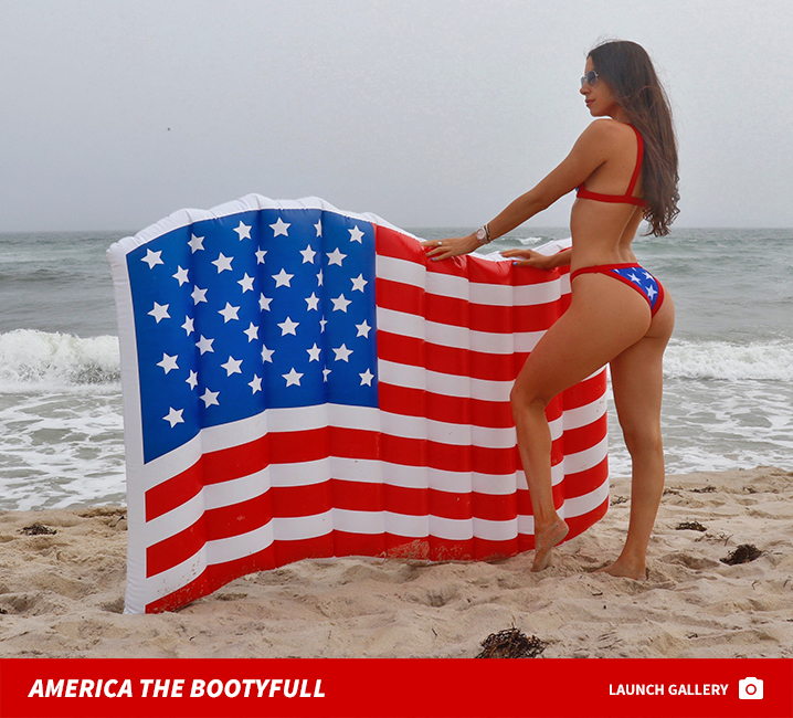 Jen Selter is a real patriot with regards to 4th of July — simply take a  look at her purple, white and blue thong and bikini … and do not forget her  ass.